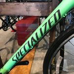 SPECIALIZED SIRRUS MENのNEW COLOR入荷してます!